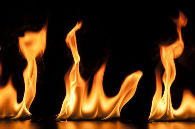 Brennende Flüssigkeit