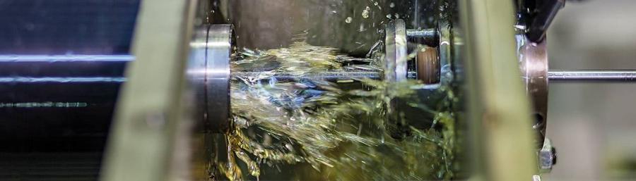 kuehlschmierstoffe-nichtwassermischbar-nachhaltig-hakuform-s