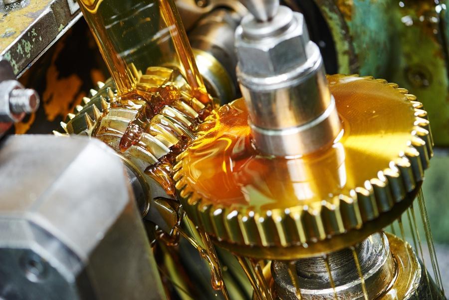 Getriebe, Nahaufnahme, mit Schmieröl - Tribosystem