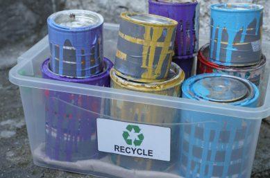 Recycling von Farben und LAcken -Wertstoffaufbereitung